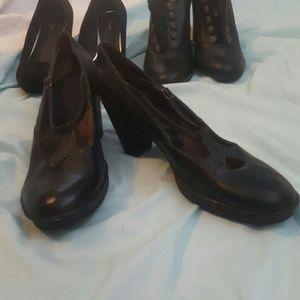 Vintage look Clark's black heels size 8.5